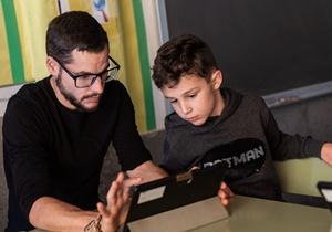 Les famílies en el paper de mediadors educatius: quin suport poden donar a l'aprenentatge dels seus fills durant el confinament?