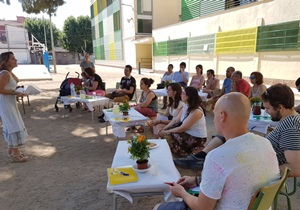 Consells pràctics per a redissenyar la reunió d'inici de curs amb les famílies